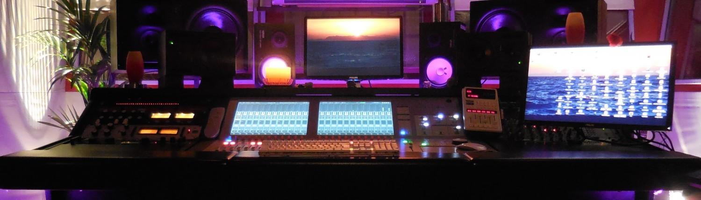 Tonstudio Soundcheck in Bachenbülach ist Ihr Musikstudio für professionelle Sängerinnen, Sänger und Bands, sowie für Hobby Musikerinnen und Musiker