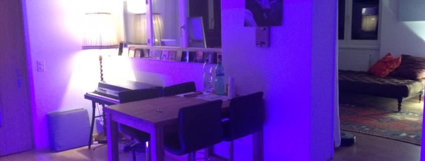 Tonstudio Soundcheck in Bachenbülach ist Ihr Musikstudio für professionelle Sängerinnen, Sänger und Bands, sowie für Hobby Musikerinnen und Musiker, welche gerne Ihre eigene CD aufnehmen möchten. Schenken Sie ihren Liebsten Freude mit Ihrer eigenen CD. Wir sind ihr top Tonstudio für die Region Zürich, Aargau und Schaffhausen.